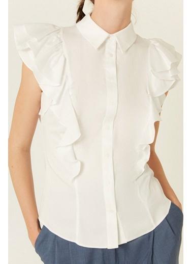 Rue Fiyonk Ve Volan Detaylı Gömlek Beyaz